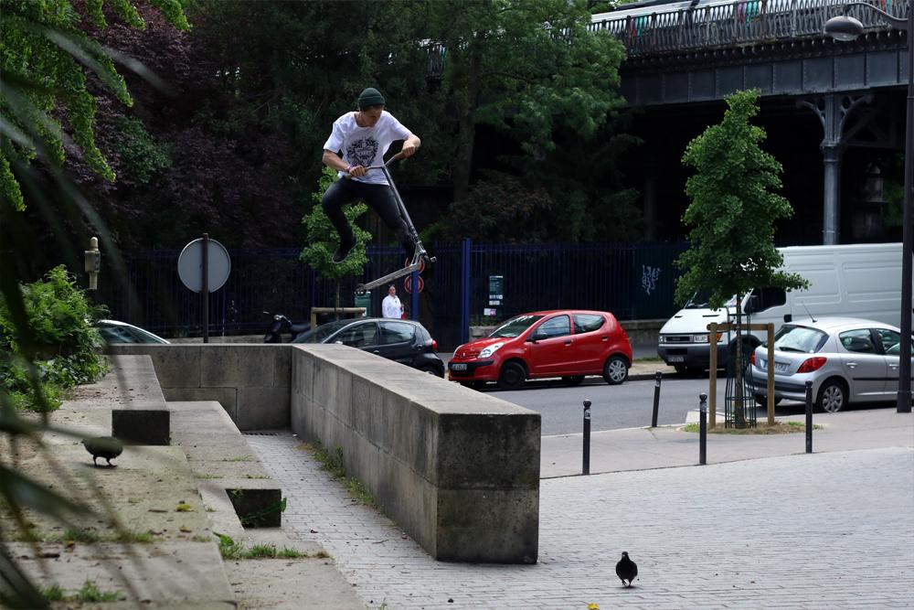 remi_bouchard_wise_scootering_triple180