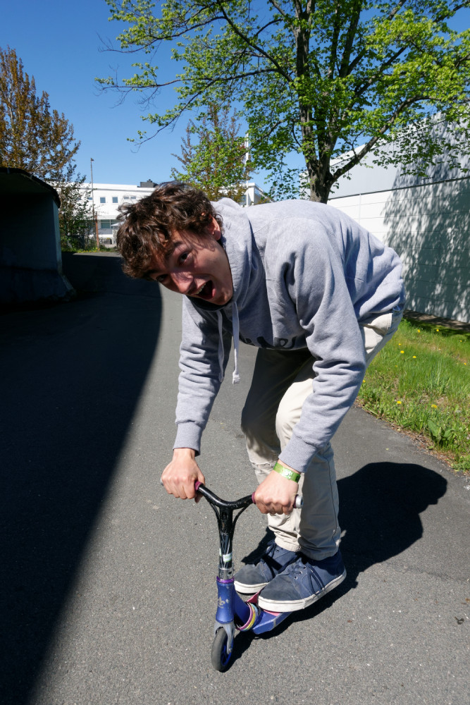 miniAlvinScootwisescootering_nordictour